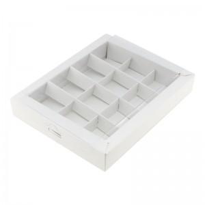 Упаковка для конфет с прозрачной крышкой белая 190*150*30 мм 050300
